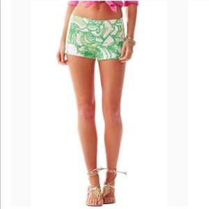 🆕 Lilly Pulitzer Liza Heartbreakers shorts…